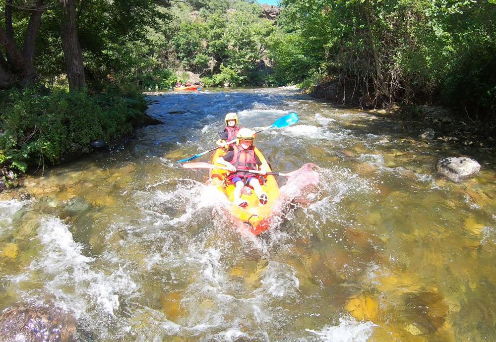 kayaking corse kayak riviere golo famille in terra corsa